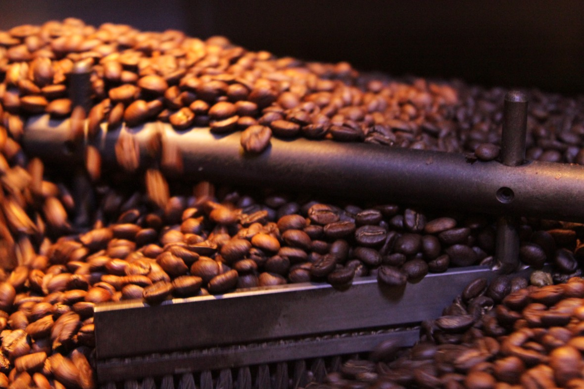 freshly-roasted-coffee-beans-in-a-coffee-roaster