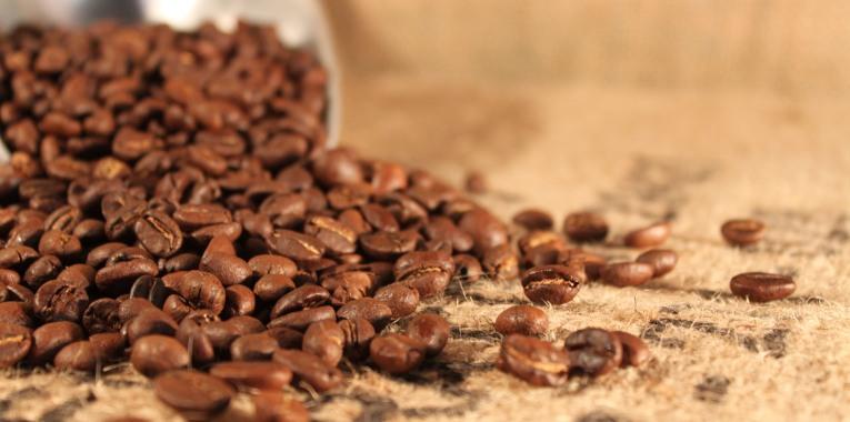 coffee-beans-sitting-on-hessian-sack